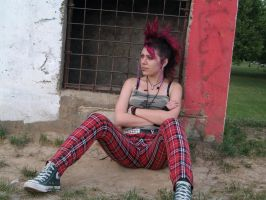 punk girl in NS by GothicDMetala