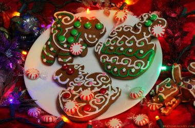 Delicious Gingerbread Dragons by The-SixthLeafClover