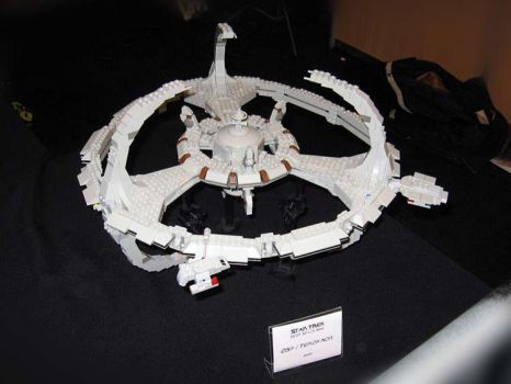 LEGO-Star-Trek-DS9-station by unknown by SFShipyards