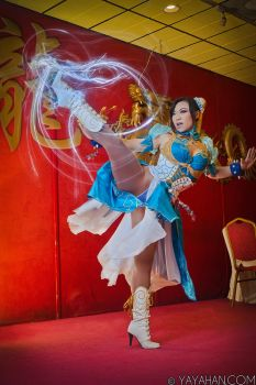 Chun Li's High Kick by yayacosplay