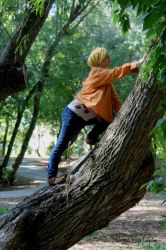 Climbing trees by Blessedfreyacosplay