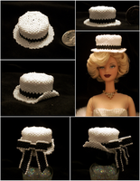 Mini Bead Top Hat with Stages by pinkythepink