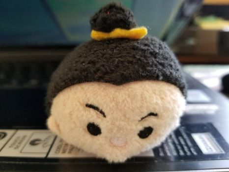 The Queen Of Hearts Tsum Tsum by Mileymouse101