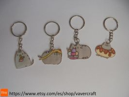 Pusheen cat keychain by Vavercraft