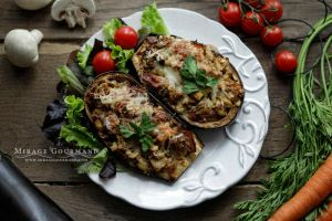 Aubergines stuffed with chicken by MirageGourmand