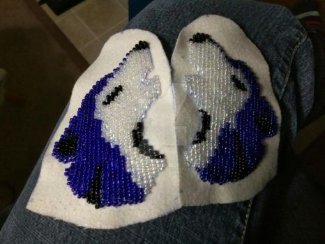 Finished bead wolf's by hiddenshadow64