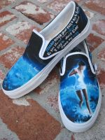 new +Showbiz Vans+ by corgi