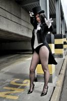 Zatanna Zatara by Leonie-Heartilly