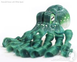 Emerald and White Octopus by deeed