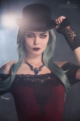 Bowler hat by Elisanth