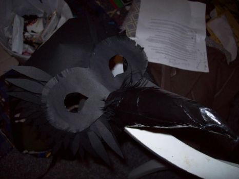 crow mask, feathers 1 by lhinelle