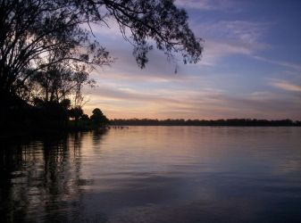 Lake Nagambie by pennyroyalxmuffin