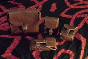 LARP-stuff: pouches by dcsnijders