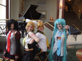 Vocaloid Group - Kawa Kon 2011 by PuddingMcMuffin