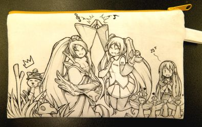 Miku and Sona on Cotton Bag done side B by Yuriwhale