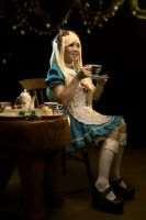 Alice Cosplay by RacoonFactory