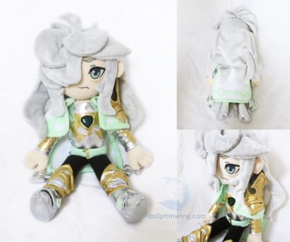 Emerald Knight Hisui Brave Frontier Plush by dollphinwing