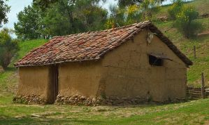 Etruscan house by seianti