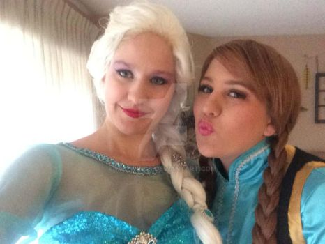 Elsa And Anna Selfie by My2Wings