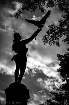 Statue Silhouette Black and White by peterjdejesus