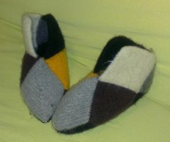 Ugly felted square slippers by KnitLizzy