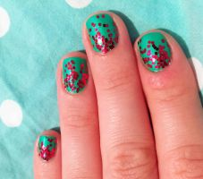 Green and Red Glitter Ombre Nails for Christmas by AnonymousRabbitLover