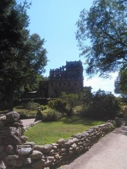 Gillette Castle, CT by shagatha