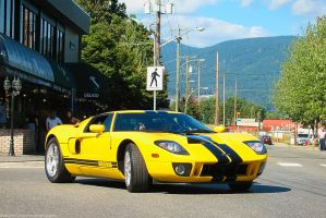 The 2005 Ford GT by SeanTheCarSpotter