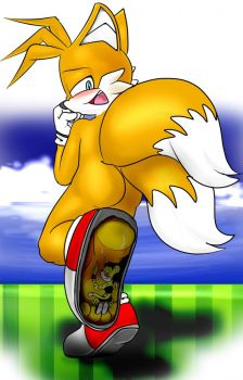 Something in Tails' shoe by XPTZStudio