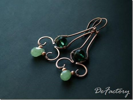 Aventurine and emerald copper earrings by SilverDeFactory