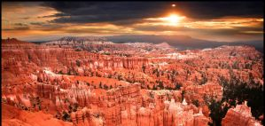 Bryce Canyon Sunrise by kimjew