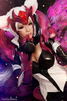 Ahri Challenger Ahri : League of Legends cosplayII by yukigodbless
