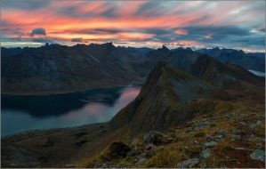 Sunrise at Husfjellet by YuppiDu