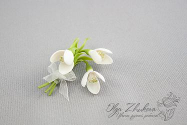 brooch with snowdrops by polyflowers