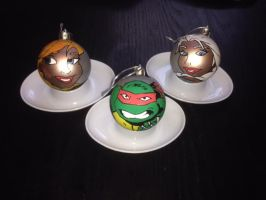 Tmnt Frozen Anna and Elsa christmas decorations by nicitadesigns