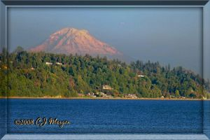 Mt Rainer Over Seabeck by e-CJ