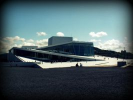The opera house in Oslo by Thalionlainiel