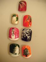 Festive Nail Art by jillywillywoo