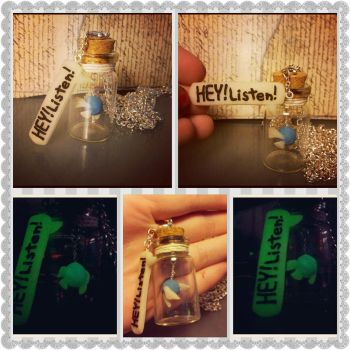 Navi in a Bottle with Speech Charm by Faye-Fox