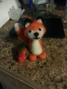 Needle Felt Fox and Strawberry by Nikko-Usagi
