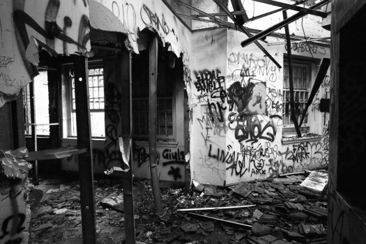 809, Larundel Mental Asylum. by thespook