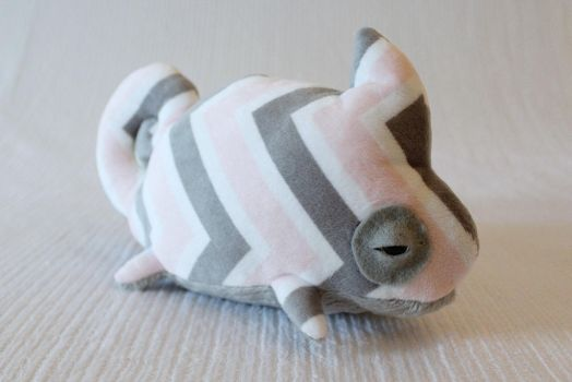 cuddlemeleon chevron pnk/gry by UpstageGallery