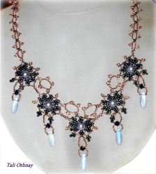 Romantic necklace by craftal