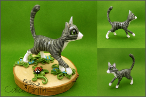 Szaraczek, the gray kitty - polymer clay by CalicoGriffin