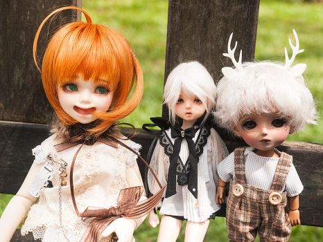 February 2018 doll meet by Mouldysweets