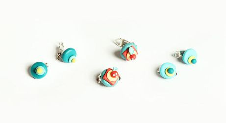 Cupcake Earrings by designandberries