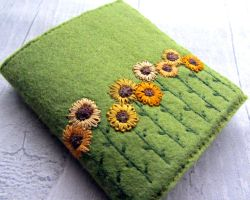 Sunflower Needle Book by CraftedByCandlelight