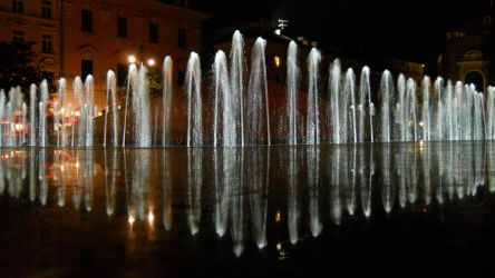 Fountain by sathilia