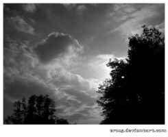 Clouds and sun b-w by Ero15