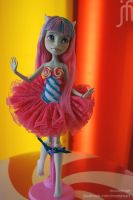 Rochelle Goyle repaint - Sweet candy girl by Moniee